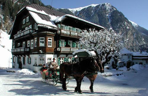 Exterior Hoteldorf Gruner Baum