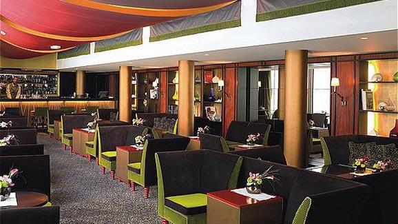 Hotel Fouquet's Barriere Restuarant