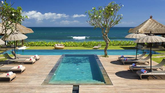 Pantai Lima Bali, Indonesia