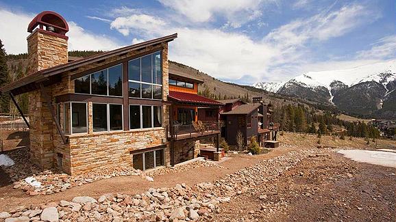 The Warming Hut ski resort in Colorado