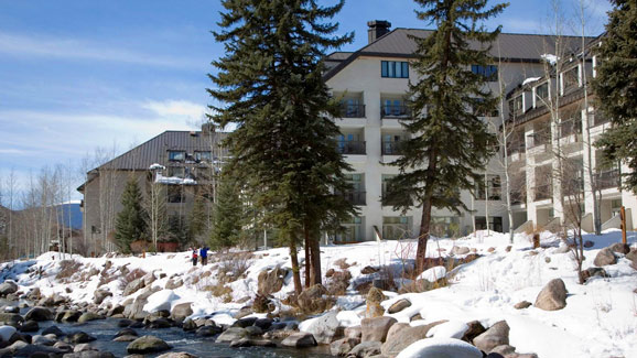 Vail Cascade ski resort covred in snow on sunny day
