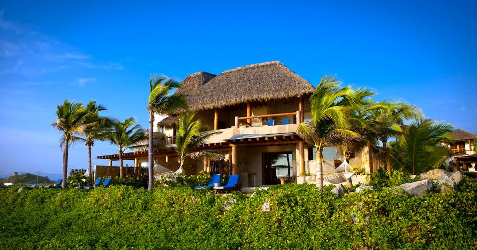Las palmas beachfront villas in zihuatanejo mexico for Hotel villas las palmas texcoco