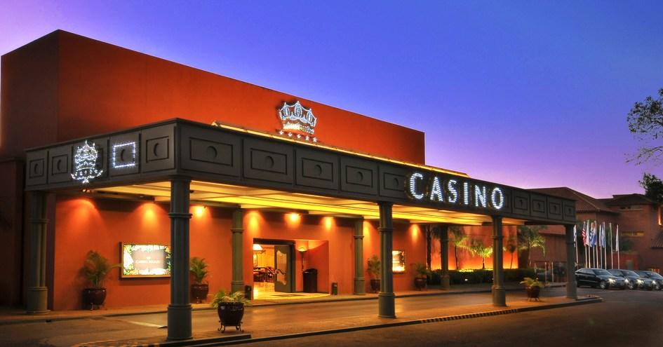 hotel e casino puerto iguazu