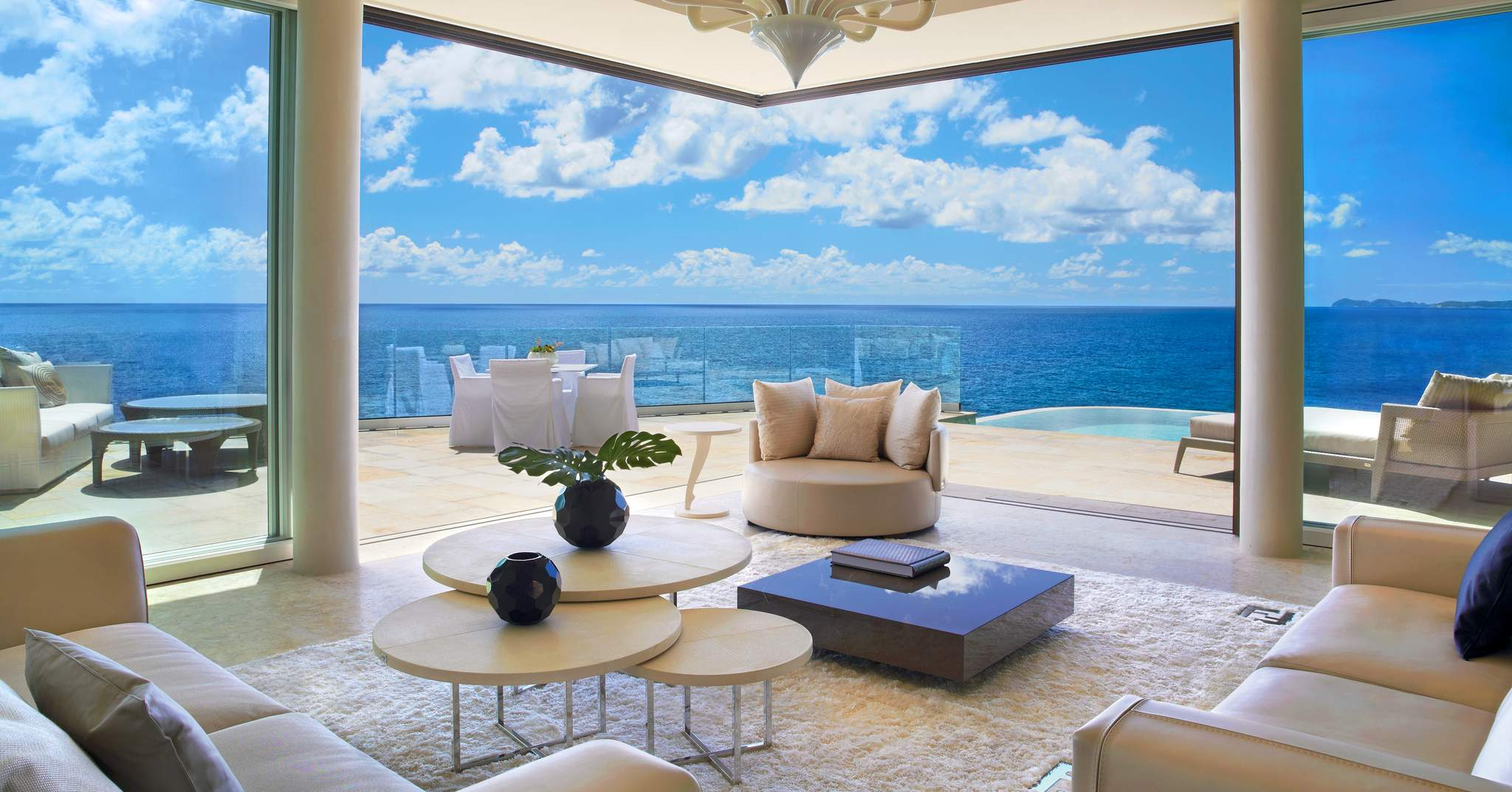 Oil Nut Bay, Cliff Penthouse Suite
