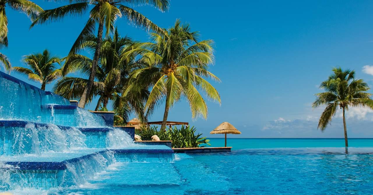 Fiesta Americana Grand Coral Beach Cancun Resort & Spa