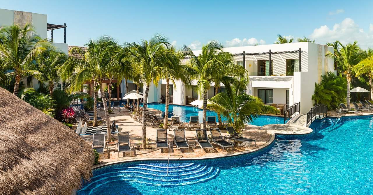 Azul Beach Hotel