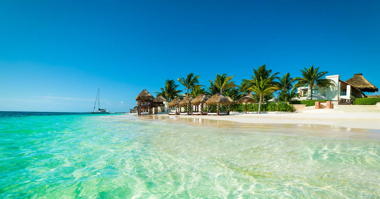 Azul Beach Hotel In Cancun Mexico