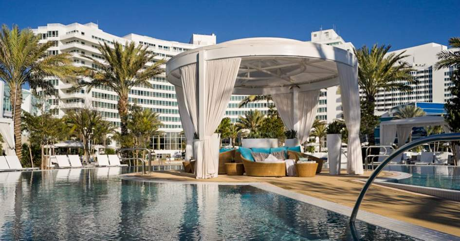 Fontainebleau miami beach in miami beach florida for Boutique hotel fontainebleau