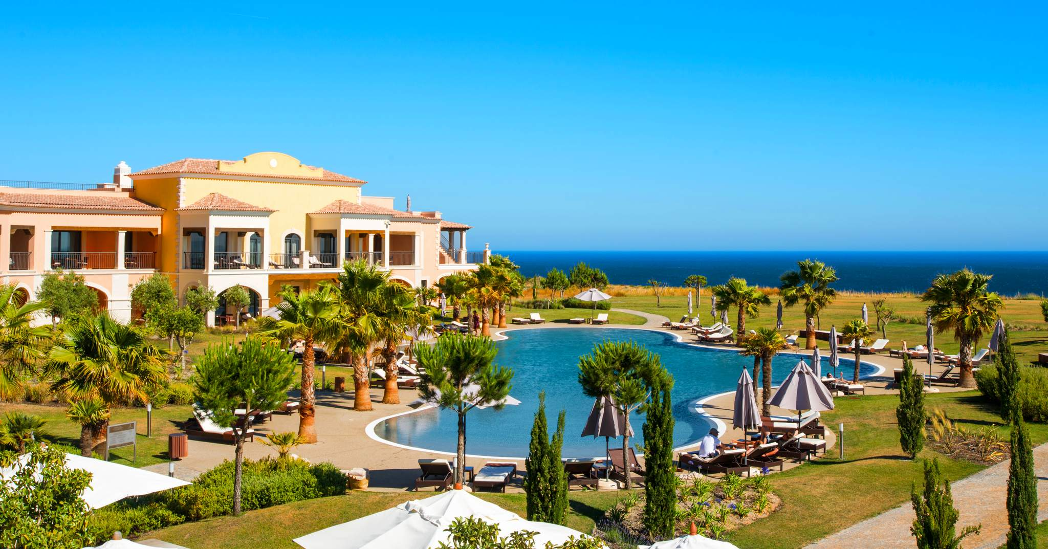 Cascade Wellness  Lifestyle Resort in Lagos Portugal