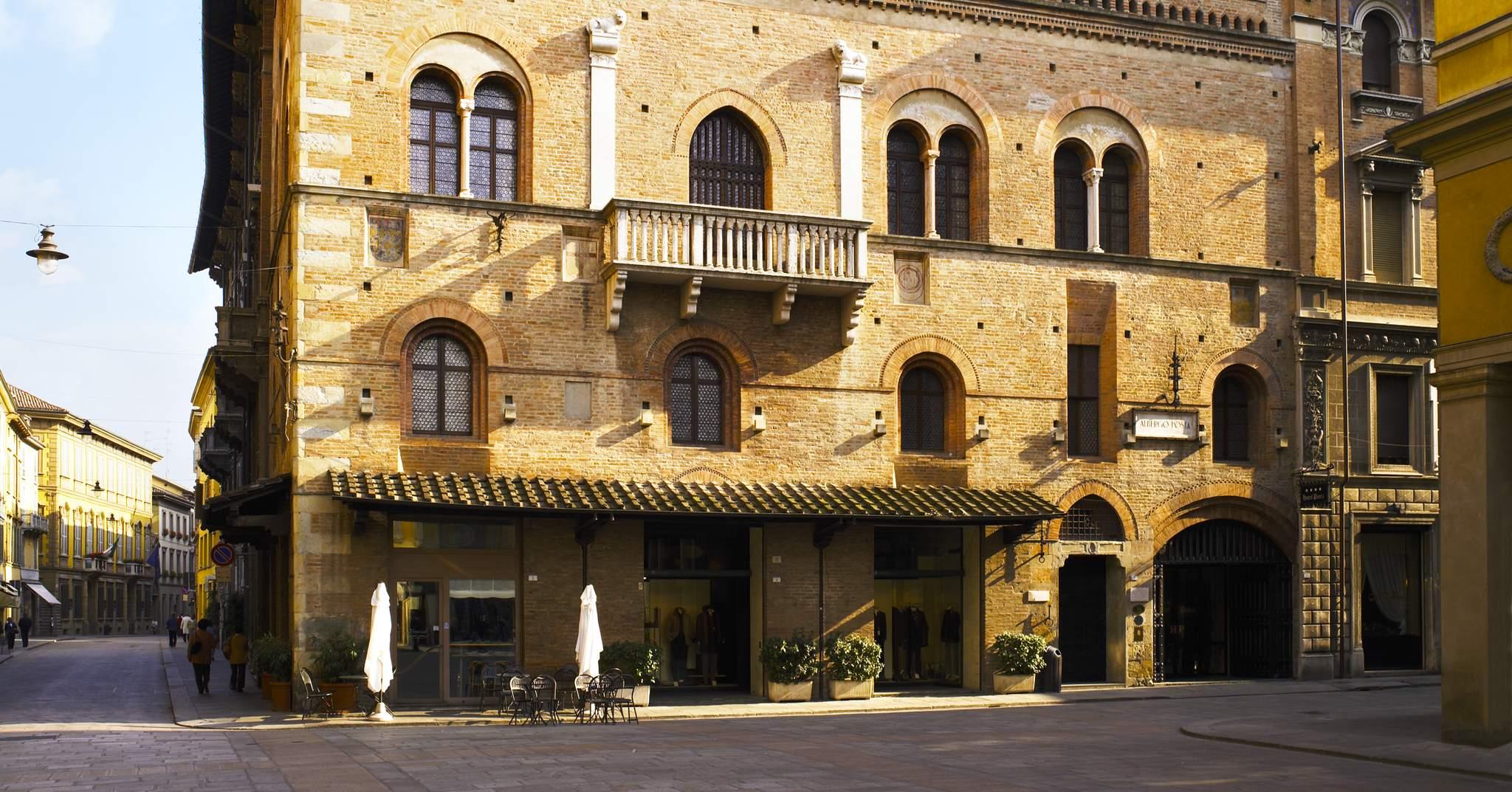 Hotel Posta In Reggio Emilia Italy
