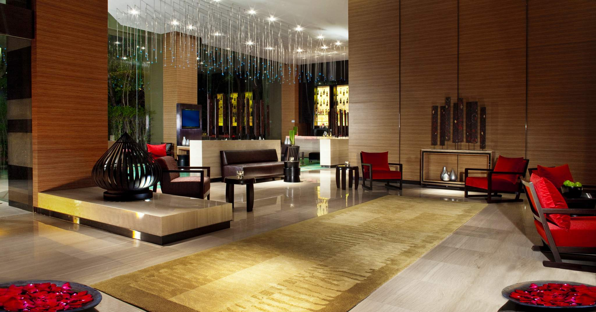 Anantara Sathorn Bangkok Hotel