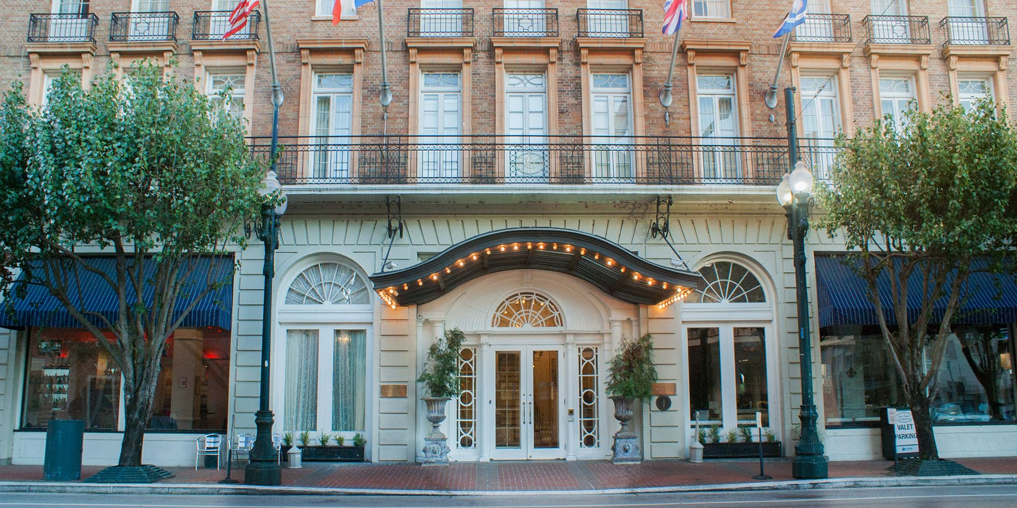 The lafayette hotel in new orleans louisiana for Boutique hotel orleans france