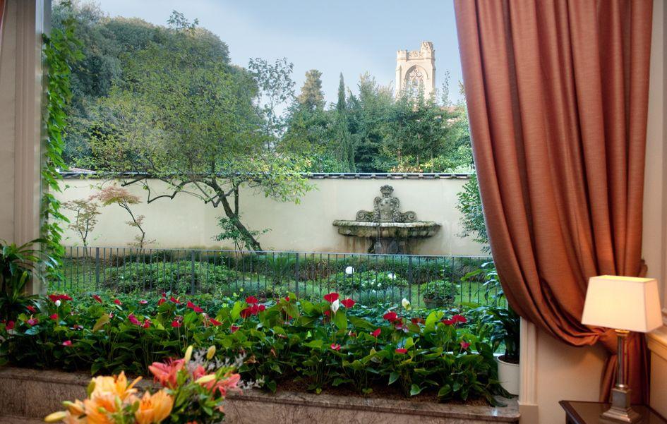 Sina hotel villa medici in florence italy for Casa classica villa medici