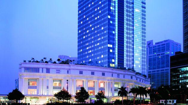 The Ritz-Carlton, Jakarta, Mega Kuningan