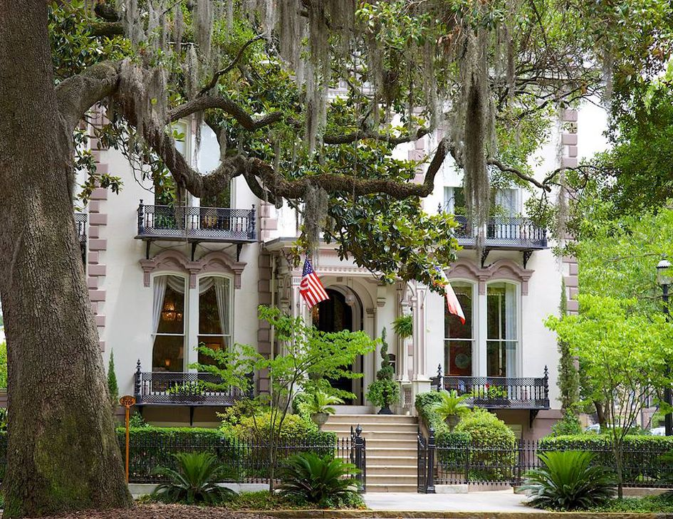 Pet Friendly Hotels Savannah Georgia Historic District