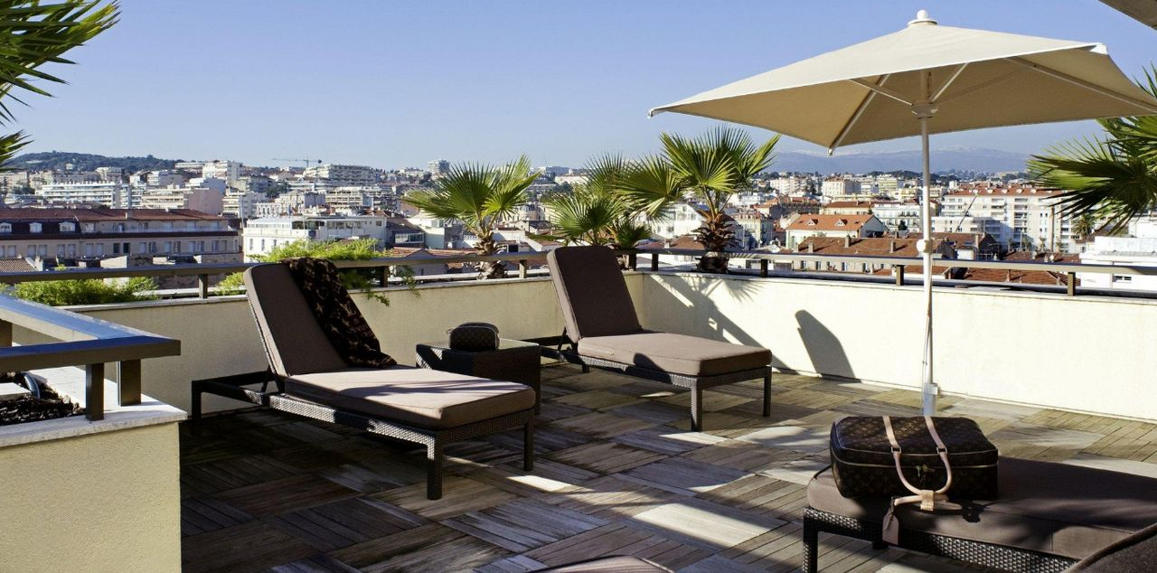Hotel France Albion Reviews