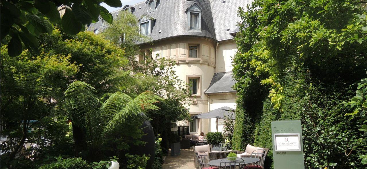 renaissance paris le parc trocadero hotel in paris france. Black Bedroom Furniture Sets. Home Design Ideas