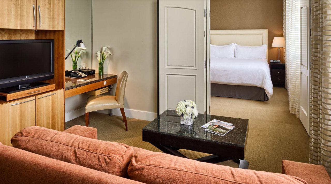 Hotel teatro in denver colorado for Best boutique hotels denver