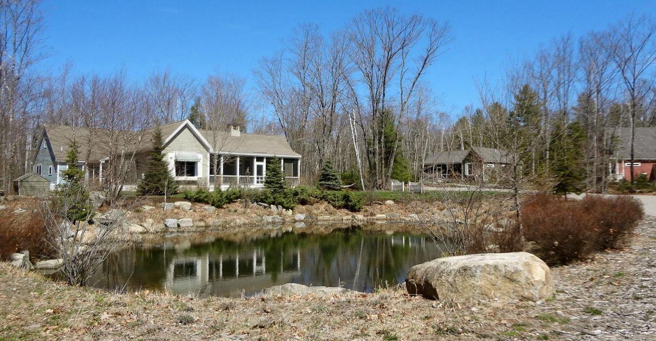 Hidden Pond In Kennebunkport Maine