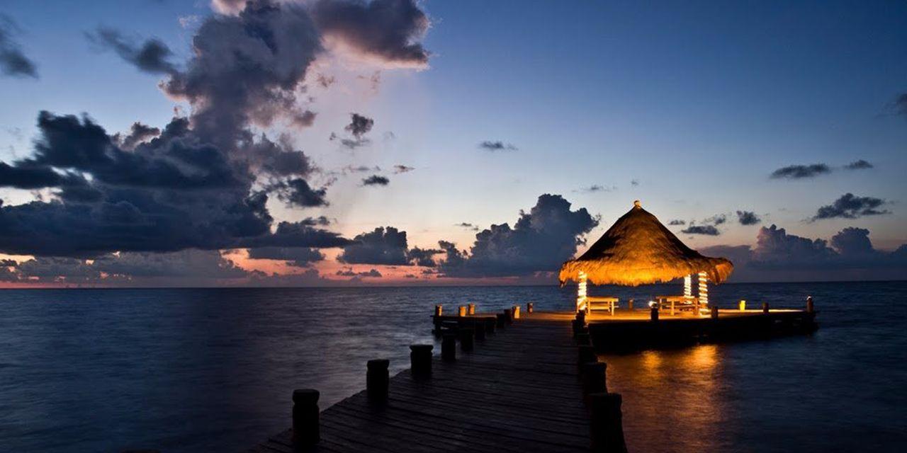 Desire Riviera Maya Pearl Resort