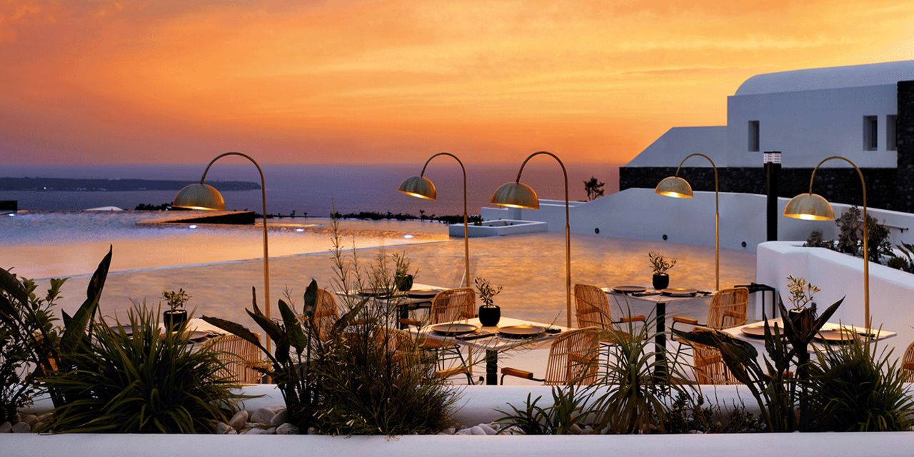 Santo Maris Oia Luxury Suites Amp Spa In Santorini Greece