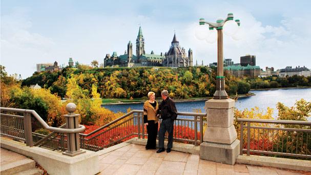 Ottawa Fall Bridge Lookout