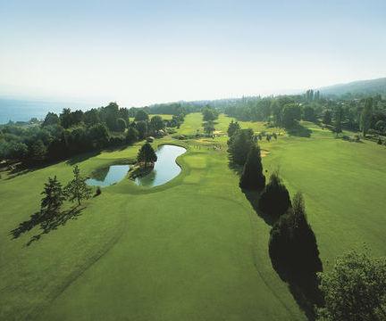Pristine Golfing