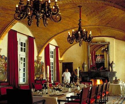 Hacienda Dining