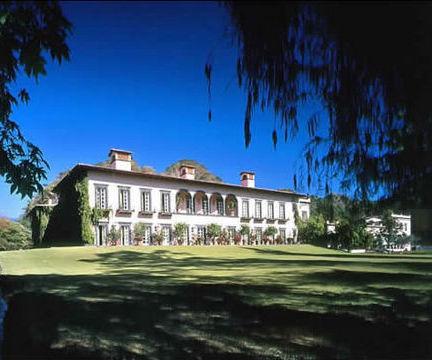 A Palatial Estate